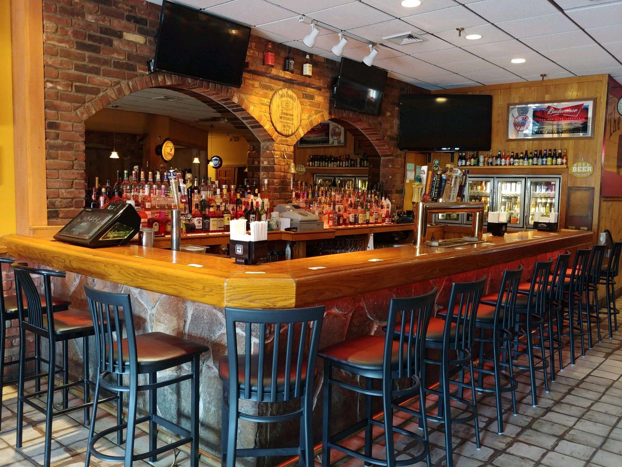 The Pub South Windsor Bar Restaurant