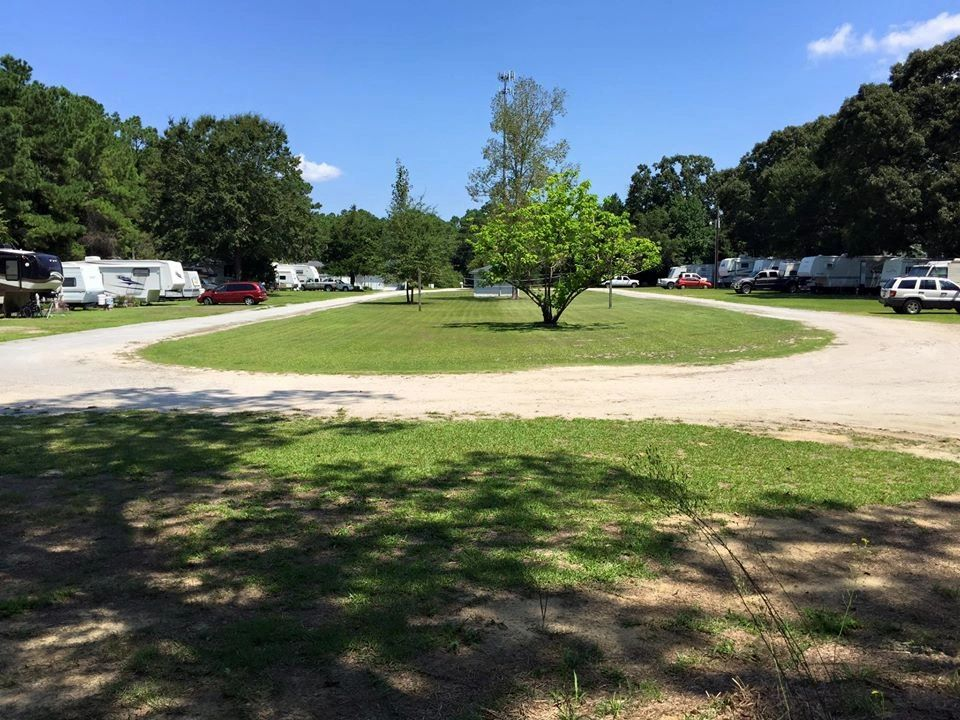 S & W CAMPGROUND and RV PARK