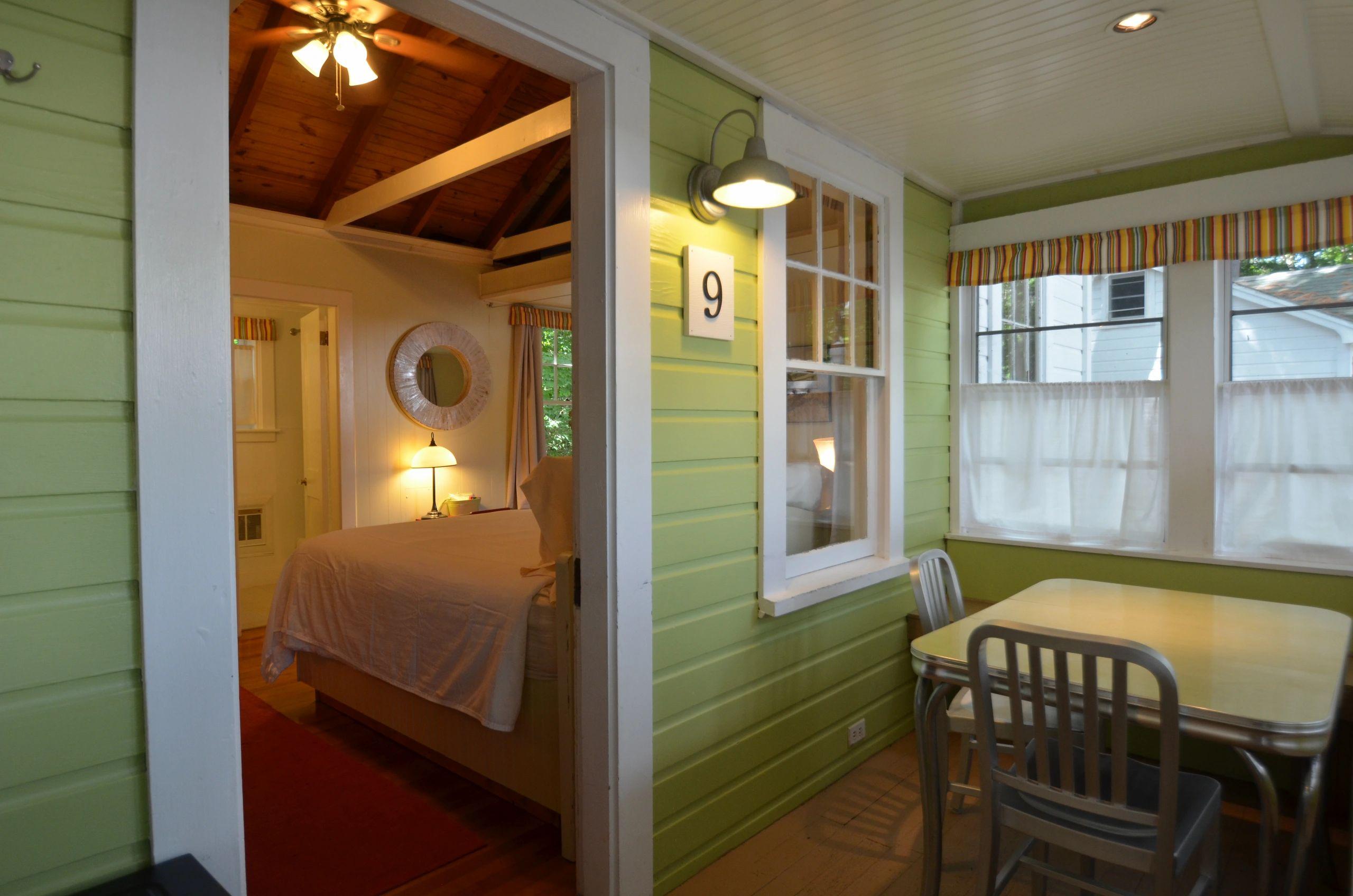 Cabin Rentals and Lodging in New Hampshire, Lake Winnipesaukee