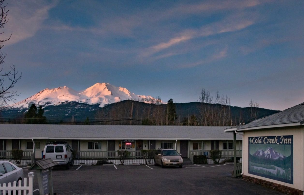Mt Shasta Ca >> Cold Creek Inn Hotel Mount Shasta Ca Cold Creek Inn