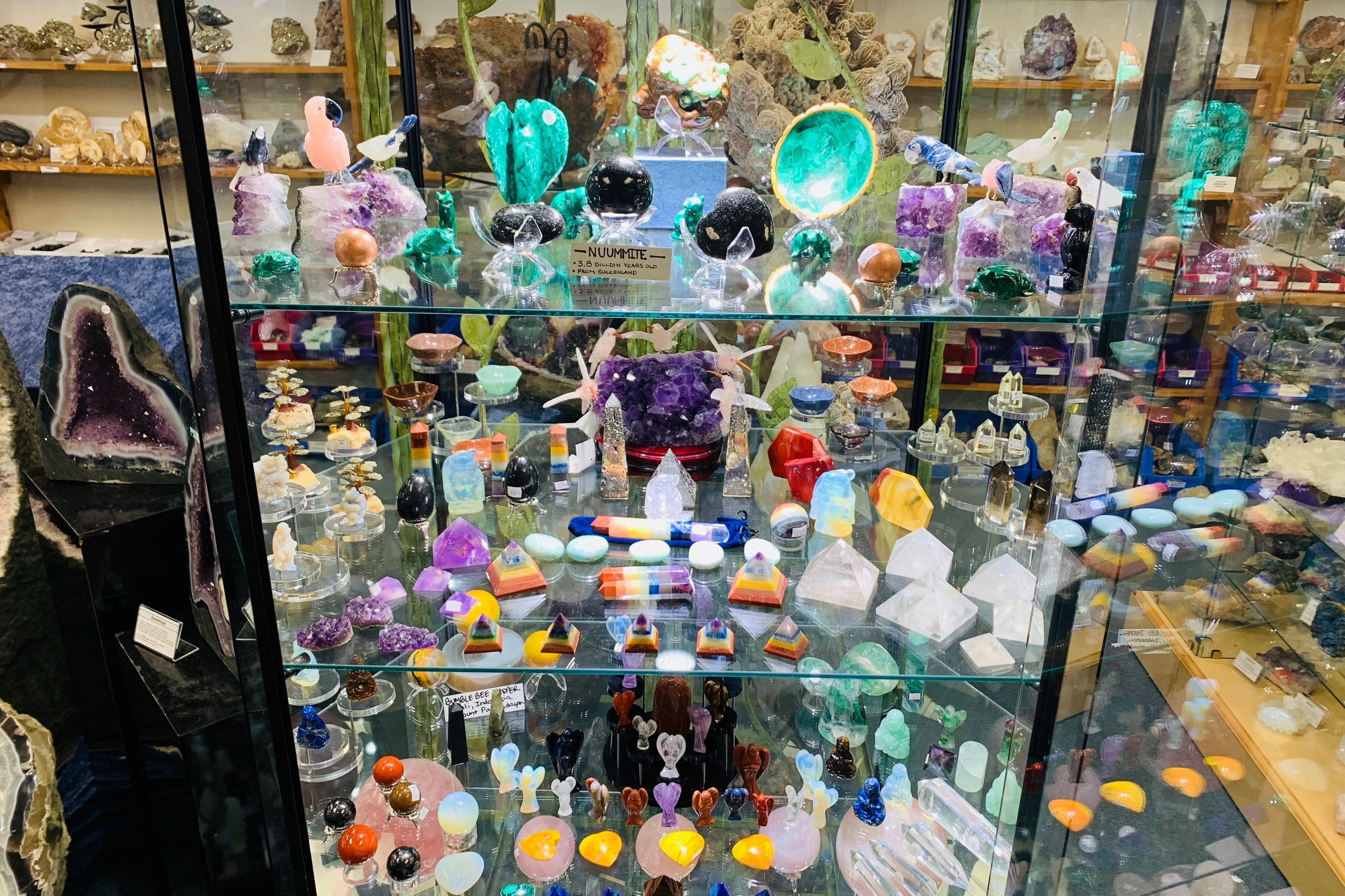 Crystal Cave Rock and Gem Shop - Home