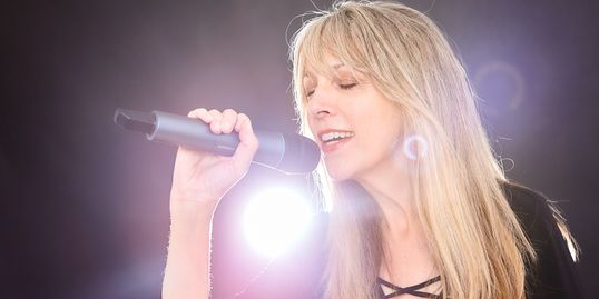 Patricia Shanks, vocalist