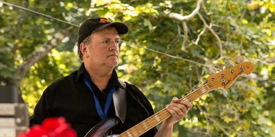 John Sloane on bass