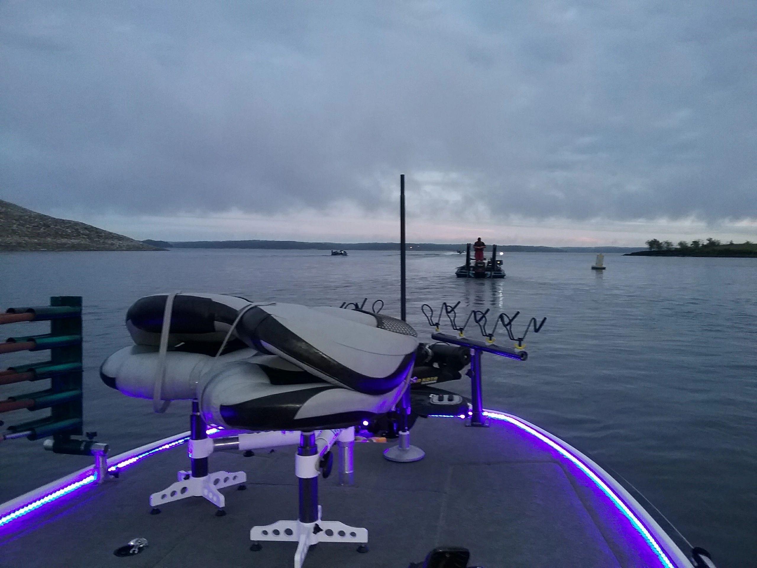Double fishing seats spider rigging bars dub l seat llc