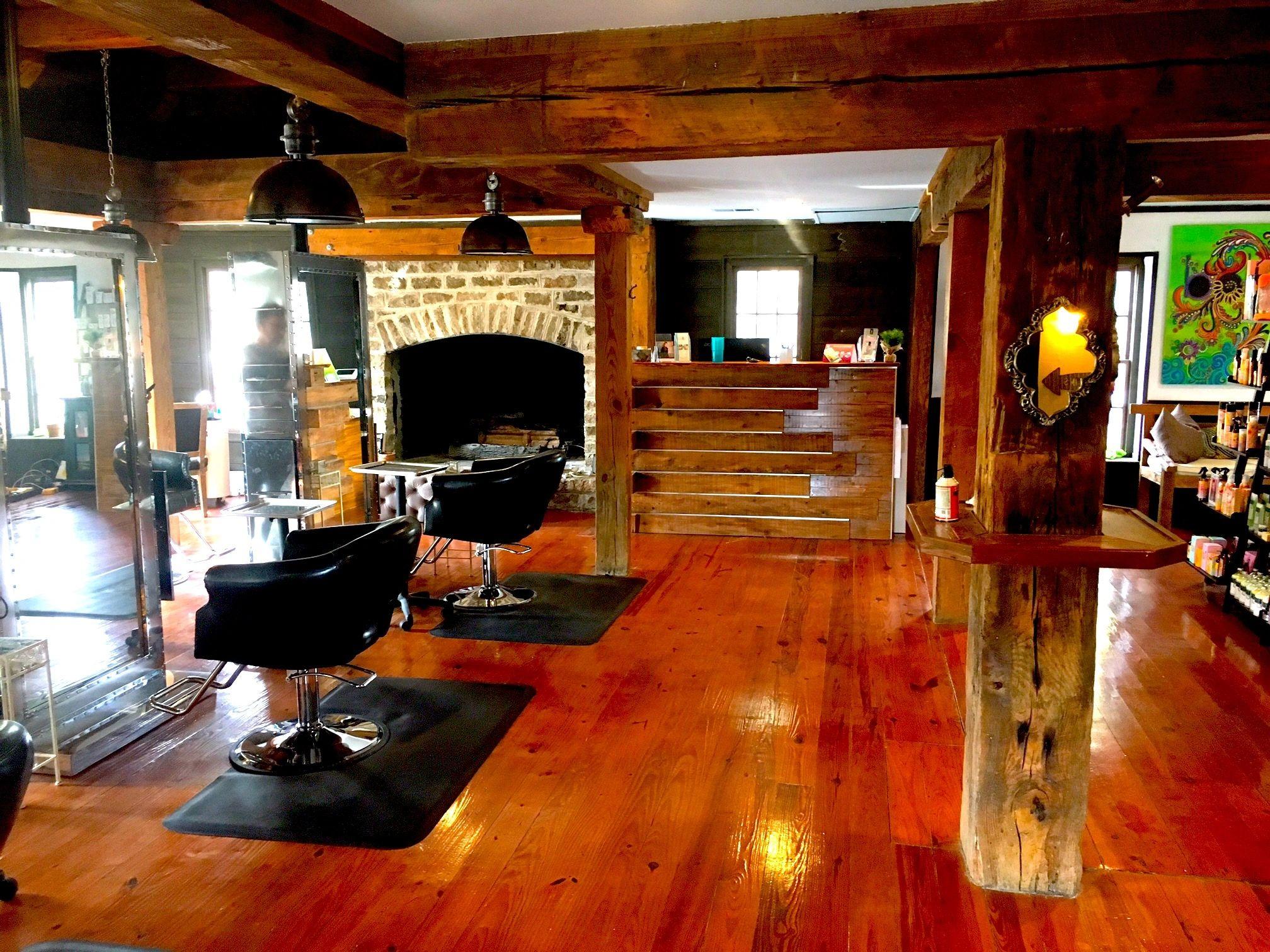 Magnificent Bohemia Salon Beauty Bar Interior Design Ideas Grebswwsoteloinfo