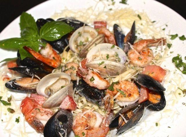 Lolas Seafood Seafood Restaurants Lunch Dinner