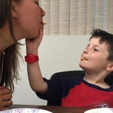Feeding therapy, the SOS approach, Hauppauge NY, Speech Language Pathology in Motion