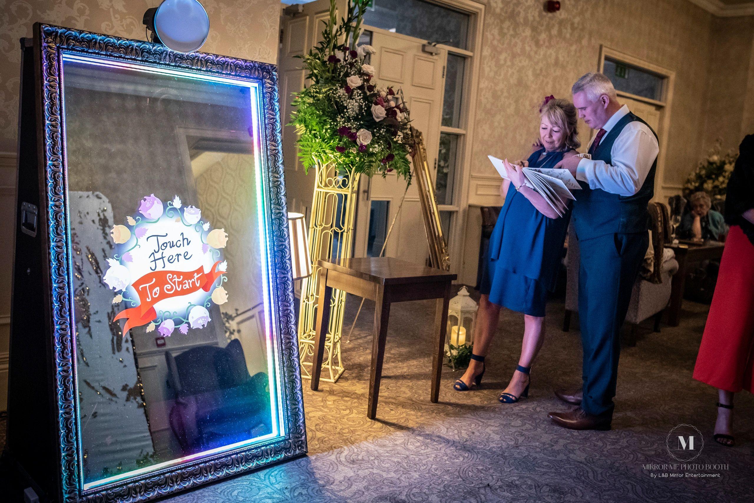 Packages & Pricing | Mirror Me Photo Booth