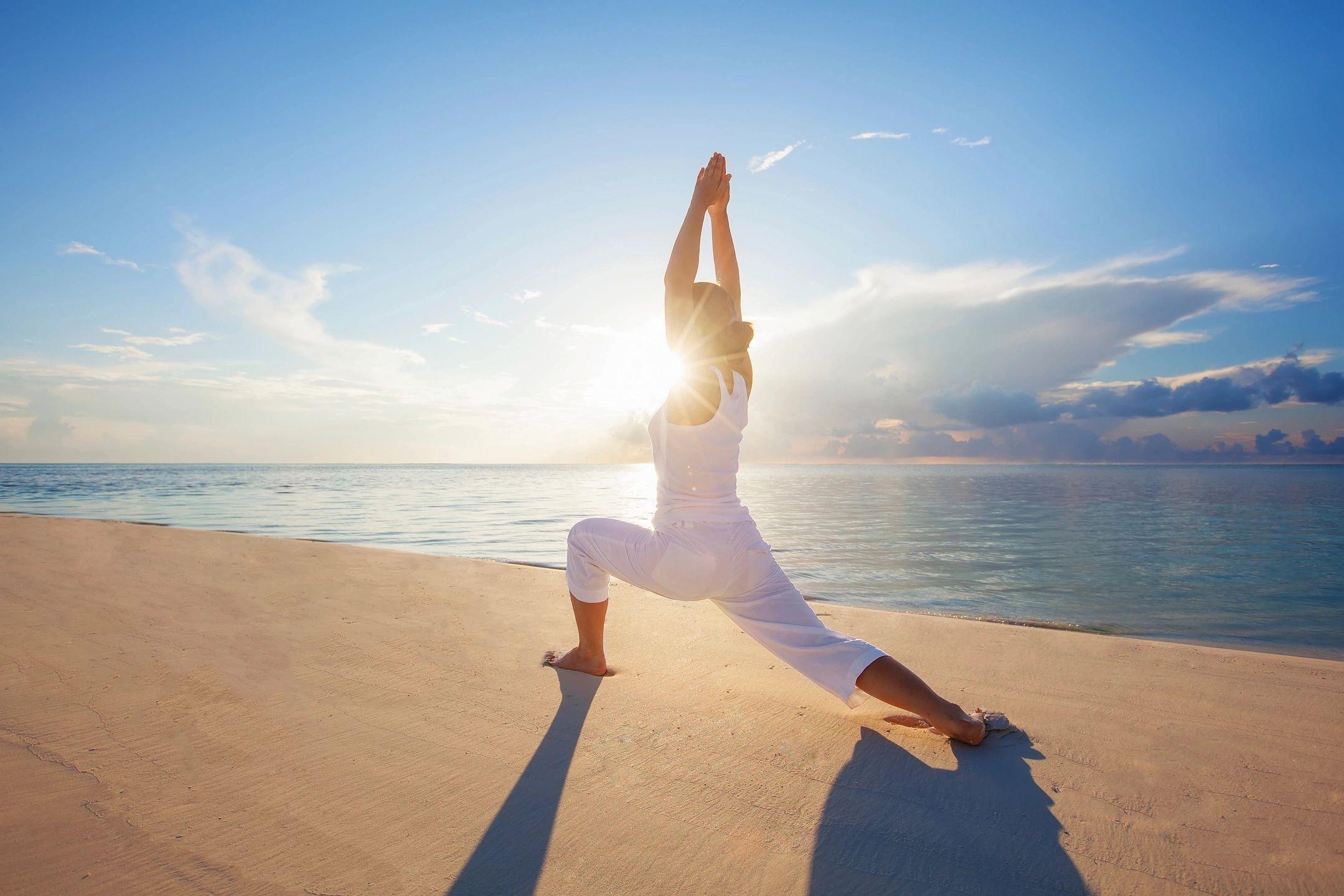 Kết quả hình ảnh cho yoga và thiền