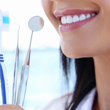 Oral Hygiene recommendations for a healthy mouth, fresh breath and healthy, bright teeth.