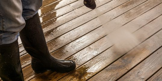 Pressure Cleaning Decks