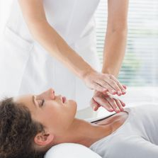 Reiki healing treatments and Reiki attunement courses and workshops