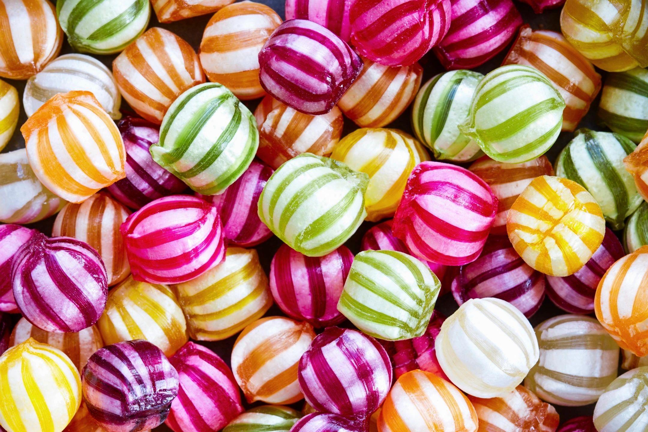 Resultado de imagem para caramelos mas ricos del mundo