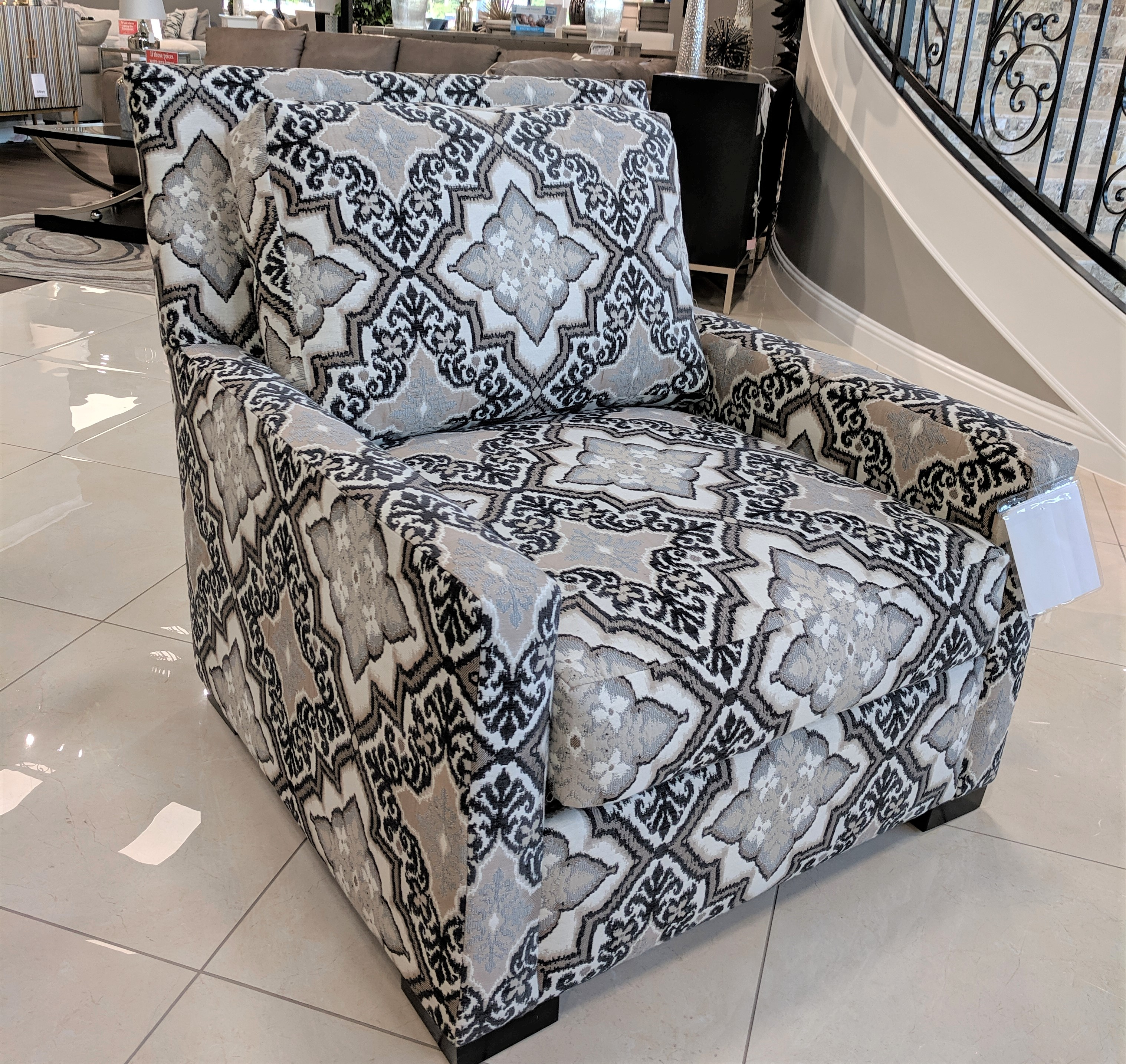 Roxanne Accent Chair John Michael Designs: Furniture,Couches,Sectionals,Sofas