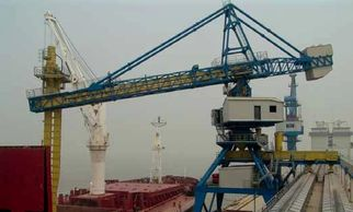 ship unloader, ship unloading, port equipment, grains, grain handling, wheat, barley, durum