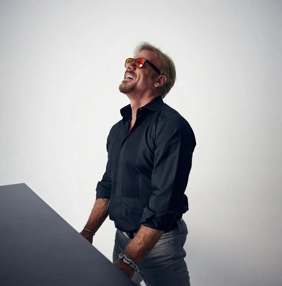 Phil Vassar appears live at the Festival on Sat., Oct. 6 at 8:30 PM