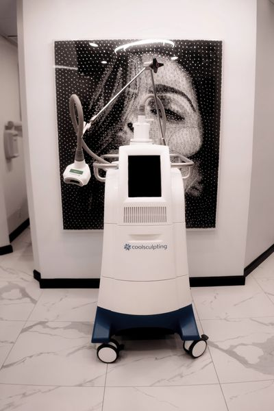 Coolsculpting® machine Madison Avenue Face and Body luxury med spa midtown manhattan new york city