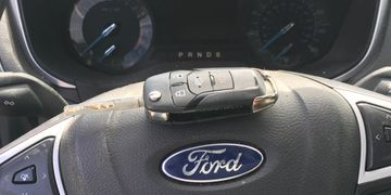 Lost car key for Ford Fusion near troy mi