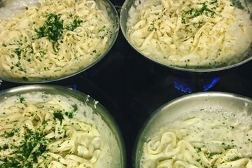 Fettuccine pasta served with our own Alfredo sauce