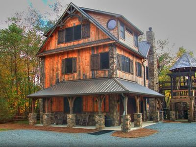 Home built by Tony Watkins of Tru Built Mountain Homes, LLC. Click on this home to learn more!