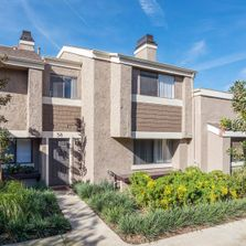 A Nice 3 Bedroom Townhome In Newport Beach