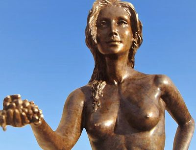 Earth nude bronze female statue