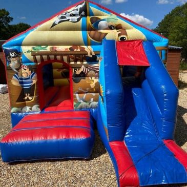 #PirateBouncycastle  #Bouncycastle