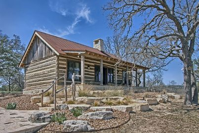 Hill Country Guest Cabin