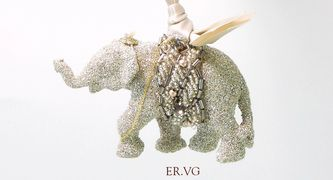 Eliot-Raffit-Christmas-Ornament-Lucky-Elephant-Glass-Glitter-Vintage-Silver-Made-In-the-USA-2017