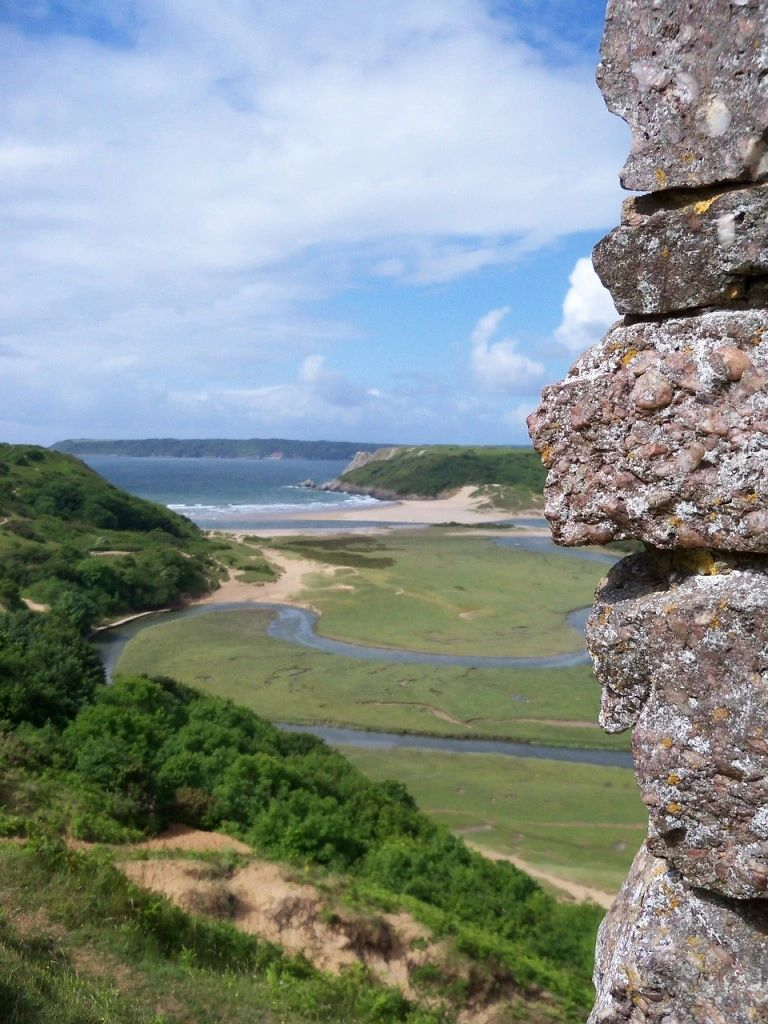 SEAT Tarraco road trip to Gower - view to beautiful Three Cliffs Bay