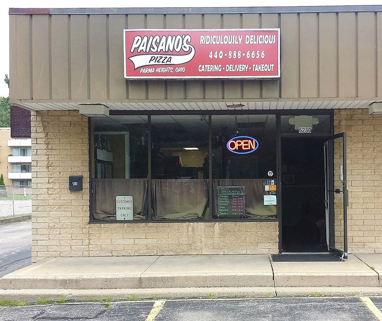Pizza, Subs, Wings, Ribs, Salad, Desserts, Catering, Paisano's Pizza, Parma Heights, Ohio