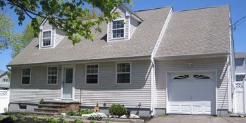 51 West Lake Dr, Patchogue NY