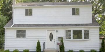 73 N Prospect Ave, Patchogue NY