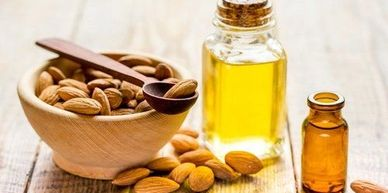 Almond oil and seeds/nuts