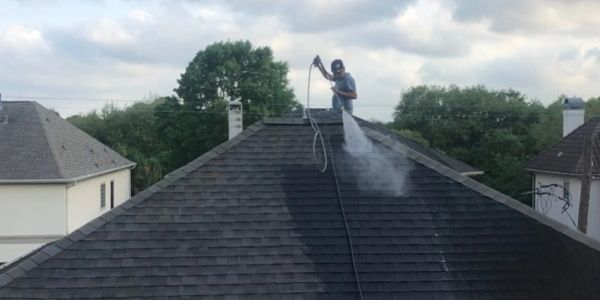 roof washing work