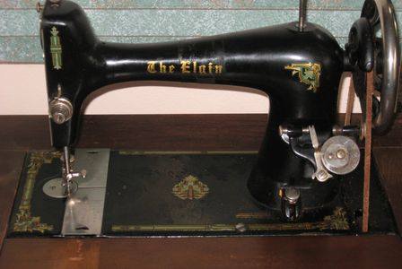Antique treadle machine, great for those days when power is out!