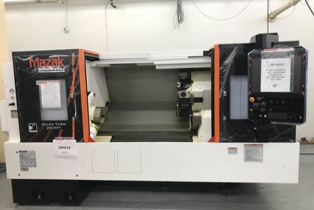 Mazak QT-250MY Quick turn lathe with live tooling.