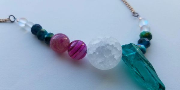 Image of handmade beaded necklace created  by Laurie Sewell-Muller