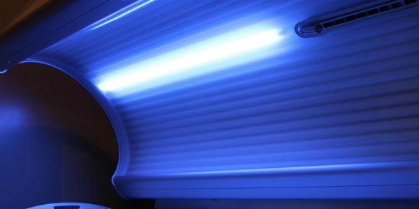 Tanning Tanning salon near me Spray tan Tan Suntan Sunbed Tanning bed Tanning salon  UV tanning