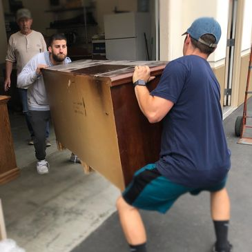 Greek Movers near me, moving services, moving company, junk removal & hauling, professional moving