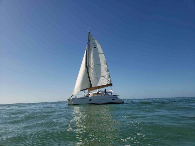 Catamaran Sailing Chater Fort Myers Beach, Gulf of Mexico Sanibel Island Boat Tours Senset Cruise