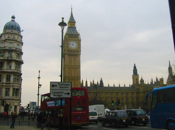 Big Ben is the ancient clock from 1859 in Victoria Tower next to Westminster Bridge on the Thames.