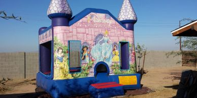 Princess bounce house - Bounce house rentals in Phoenix