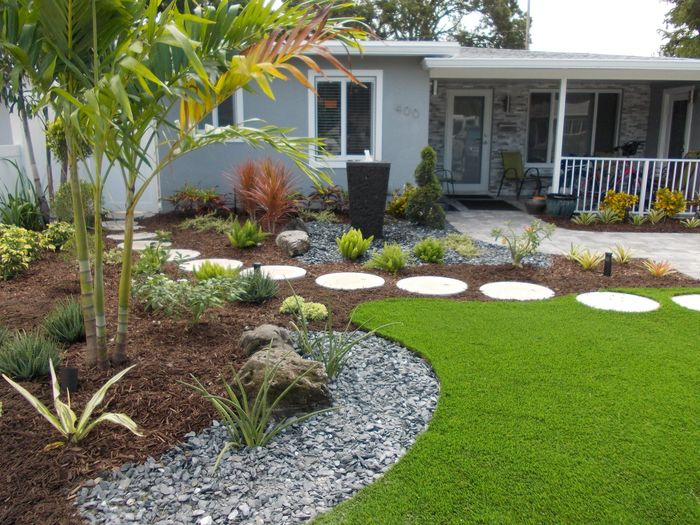 beautiful synthetic turf plus extraordinary water feature