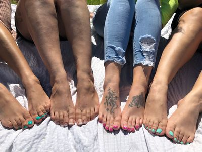 foot sessions, foot party, foot fetish, feet, foot models, pretty feet, pretty girls, las vegas feet