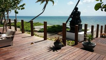 Decks in Fort Lauderdale and Miami. Custom decking. Ipe decking Boca Raton.