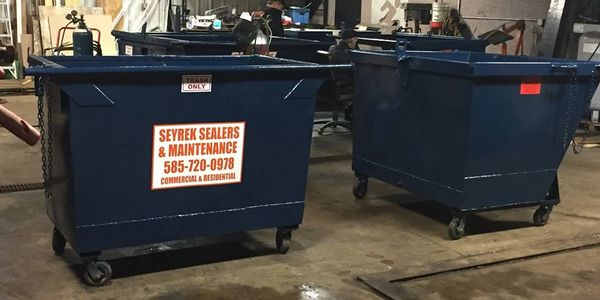 Commercial Garbage Disposal and Recycling with Dumpsters in Rochester NY.
