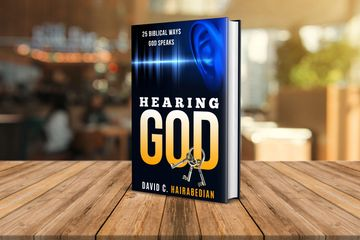 Hearing God 25 Different Biblical Ways by David Hairabedian.