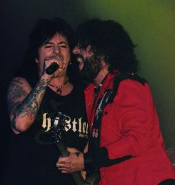 Phil Lewis and Tracii Guns, L.A. Guns
