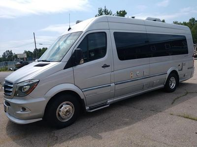 2015 Airstream Mercedes Class B RV Motor-coach IMMACULATE, LOW MILES 14,742